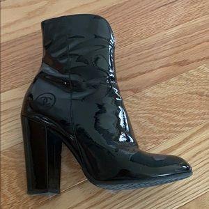 Chanel black patent leather boots sz 37
